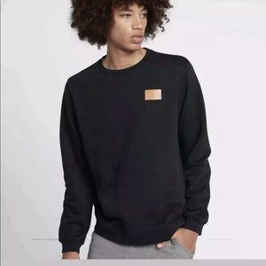 Nike Fleece Patch Crew Black Tan Sz XXL sweatshirt